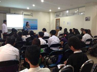 ミャンマー人権教育.jpg
