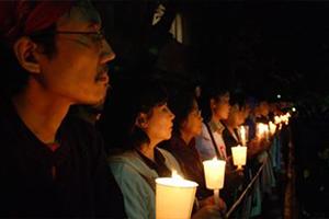 ビルマ・ミャンマー 弾圧に抗議して